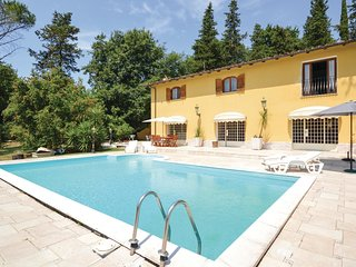 4 bedroom Villa in Valle Braccia, Latium, Italy : ref 5566699