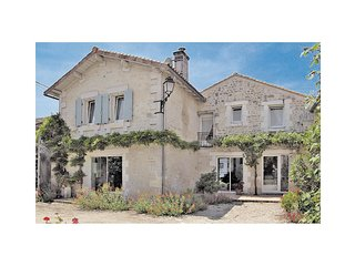 4 bedroom Villa in Echallat, Nouvelle-Aquitaine, France : ref 5583320