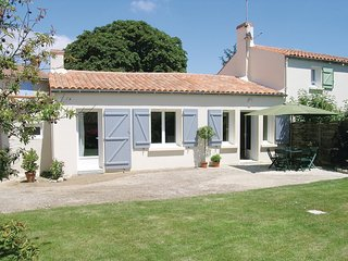2 bedroom Villa in La Jonchere, Pays de la Loire, France : ref 5565786