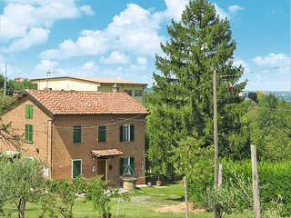 2 bedroom Villa in Stazione Mombaruzzo, Piedmont, Italy : ref 5443196
