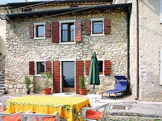 2 bedroom Villa in Caprino Veronese, Veneto, Italy : ref 5438558
