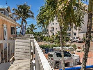 50 Gulf Beach -The Manor
