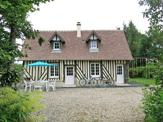 2 bedroom Villa in Les Authieux-Papion, Normandy, France : ref 5441989