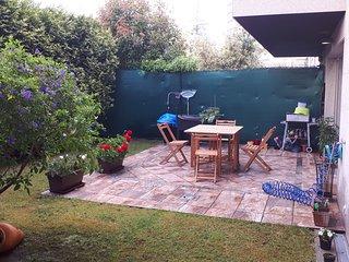 Apartamento con Jardin privado  para 4 personas