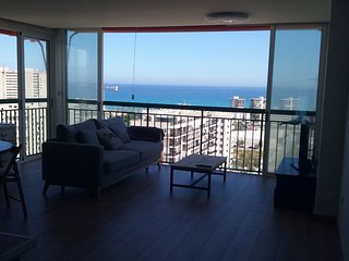Beautiful apartment with impressive views sea and mountains in San Juan Beach