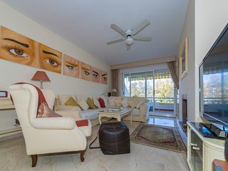 Apartment in Marbella with Internet, Pool, Air conditioning, Lift (986340)