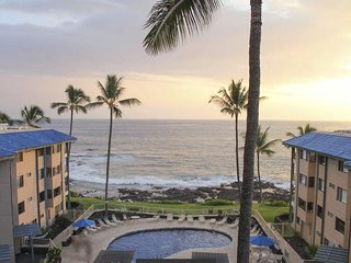 Kona Reef Resort - One Bedroom Ocean Front Suite in Kailua-Kona - PH