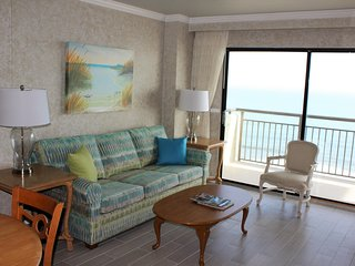BlueWater Resort - One Bedroom Ocean Front