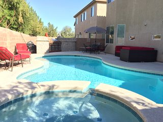 5BR Las Vegas House w/Private Pool & Spa!