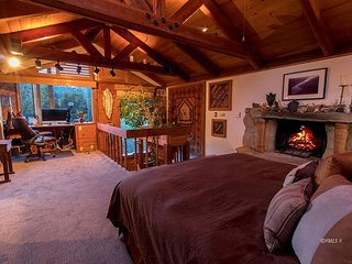 ~ Meditation Mountain ~ Yoga Loft * Spa * Amazing Views * Very Private