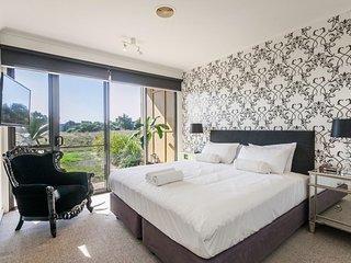 4 Shell Place - 3 Bedroom Condo
