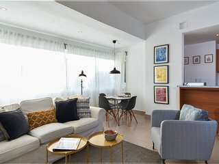 *Cozy Stylish Modern 2 BR* | downtown Sto Domingo