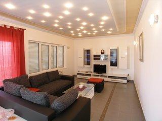 Villa Katarina - Luxury Apartment with Sea View