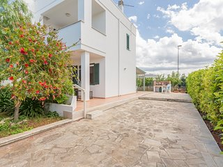 Laurenzia - Holidays villa in Puglia Italy - near Bari airport - 2 bathrooms