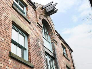 1 WAREHOUSE APARTMENTS, open-plan, charming location, all ground floor, in Ulver