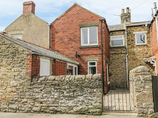 STONE COTTAGE, multi fuel stove, spacious, comfortable. Ref:971516