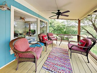 Waterfront 2BR w/ Patio Overlooking Lake Travis - Near World-Class Wineries