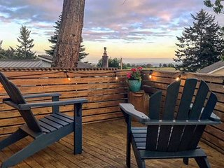 Whidbey Island 3BR Near Beach & Historical Sites– Mountain & Water Views