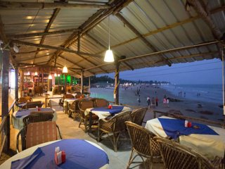 #03 Beach-front & Amazing Sea View Place to Relax