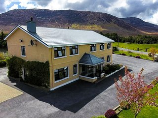 Best views of Connemara. Group house with pool table. Sleeps 16