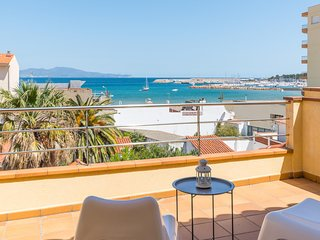 Duplex penthouse with terrace overlooking the sea