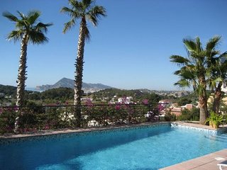 Fabulous Modern Villa - near the sea- Sleeps 8 Altea La Vella