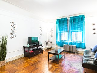 NYC Gem, Nice Area, Great Space, Close to All -15 Mins from Time Square
