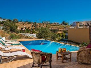 Elena Apartments Agia Pelagia