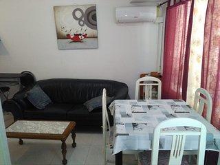 Salon comedor con aire acondicionado