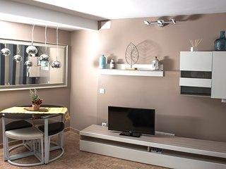 ApartmentsPlatjadAro - Elena