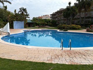APARTAMENTO EN GOLDEN BEACH