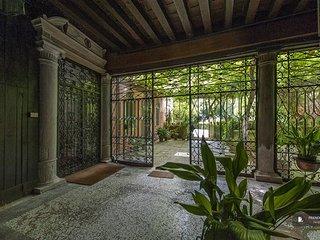 Excellent 1 bedroom Apartment in Venice  (FC2970)