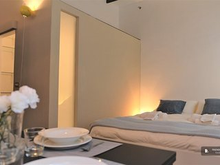 Exquisit 2 bedroom House in Milan (FC3985)