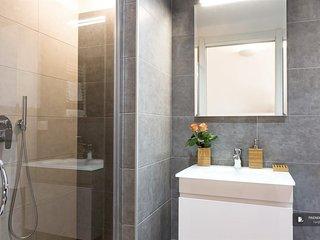 Wonderful 2 bedroom Apartment in Milan (FC8367)