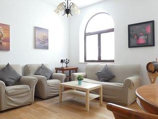 Bonito apartamento con garaje y WIFI