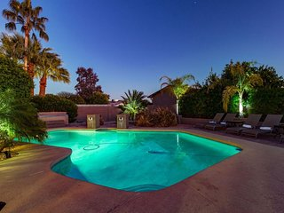 Tatum Retreat by Scottsdale Stays-Heated Pool-Spa-Foosball-Fire Pit-Pool