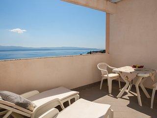Rose Garden 6 - studio app for 2 with fabulous sea view terrace•breakfast