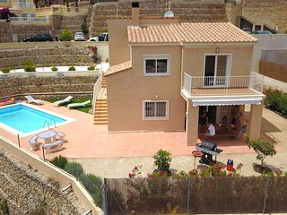 Last Minute good Value 3 bed villa with private pool