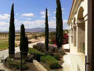 NEW !!! 'Villa Romantica' - HDA Golf - Pool, XL-Beds, Waterbed, Massage, Billard