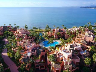 Spectacular penthouse in Cabo Bermejo, New Golden Mile