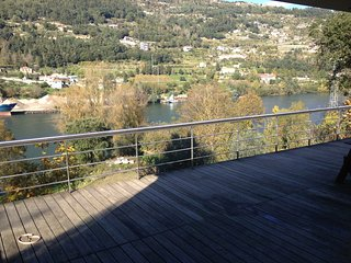 Liiiving in Douro | Riverfront Villa
