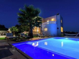 New beautiful villa Vista, private pool