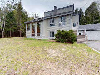 NEW LISTING! Home w/deck, great location in the heart of Acadia National Park!