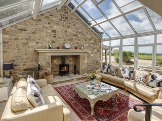 Ideal family & friends, countryside & great views