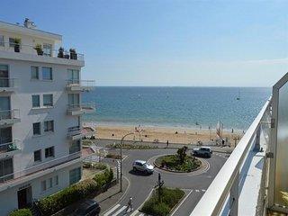 LA BAULE, studio vue mer à deux pas de la plage !