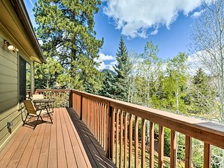 NEW! Flagstaff Condo w/ Country Club Amenities!