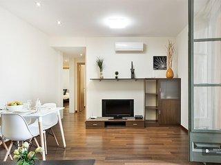 Wonderful 3 bedroom Apartment in Barcelona (F3898)