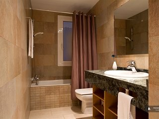 Superb 3 bedroom House in Barcelona (FC1986)