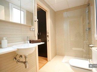Stunning 3 bedroom House in Barcelona (FC8726)