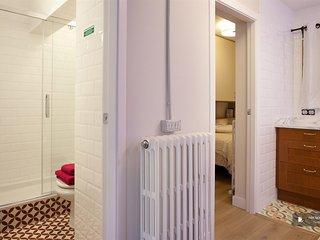 Superb 2 bedroom Apartment in Barcelona (FC2248)